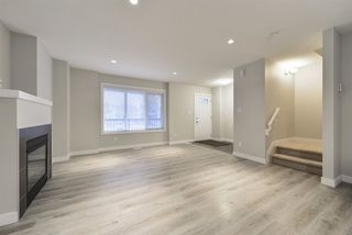 Photo 6: 12207 103 Street in Edmonton: Zone 08 House Half Duplex for sale : MLS®# E4179047