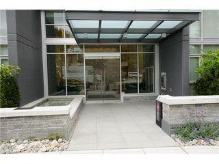Photo 9: 808 958 RIDGEWAY AVENUE in Coquitlam: Home for sale : MLS®# V1138346