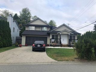 """Main Photo: 12300 75 Avenue in Surrey: West Newton House for sale in """"StrawBerry Hill"""" : MLS®# R2449887"""