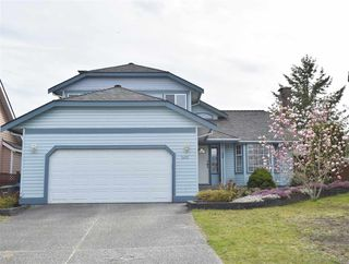 Photo 1: 2470 KENSINGTON Crescent in Port Coquitlam: Citadel PQ House for sale : MLS®# R2452914