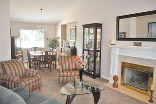 Photo 2: 2470 KENSINGTON Crescent in Port Coquitlam: Citadel PQ House for sale : MLS®# R2452914