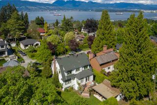 Photo 3: 4676 W 5TH Avenue in Vancouver: Point Grey House for sale (Vancouver West)  : MLS®# R2457835