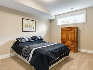Photo 45: 56 ROCKYVALE Green NW in Calgary: Rocky Ridge Detached for sale : MLS®# C4300491