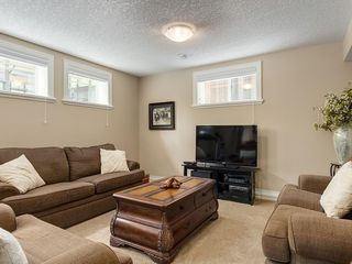 Photo 42: 56 ROCKYVALE Green NW in Calgary: Rocky Ridge Detached for sale : MLS®# C4300491