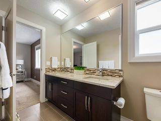 Photo 37: 56 ROCKYVALE Green NW in Calgary: Rocky Ridge Detached for sale : MLS®# C4300491