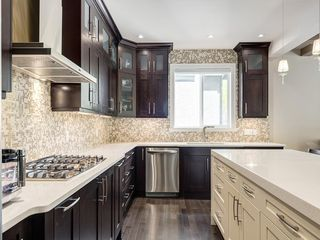 Photo 17: 56 ROCKYVALE Green NW in Calgary: Rocky Ridge Detached for sale : MLS®# C4300491