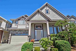 "Photo 3: 6351 167B Street in Surrey: Cloverdale BC House for sale in ""West Cloverdale"" (Cloverdale)  : MLS®# R2475893"