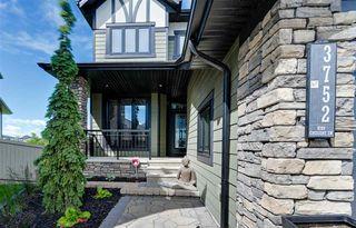 Photo 2: 3752 KIDD Crescent in Edmonton: Zone 56 House for sale : MLS®# E4207479