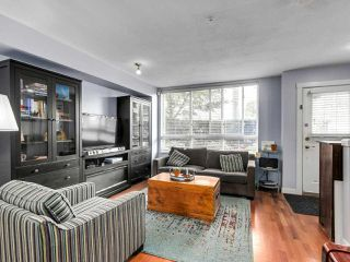 "Photo 4: 2774 ALMA Street in Vancouver: Kitsilano Townhouse for sale in ""Twenty On The Park"" (Vancouver West)  : MLS®# R2501470"