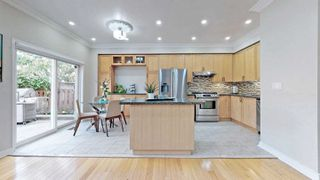 Photo 16: 23 Russell Hill Rd in Markham: Berczy Freehold for sale : MLS®# N4925923
