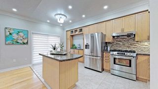 Photo 17: 23 Russell Hill Rd in Markham: Berczy Freehold for sale : MLS®# N4925923