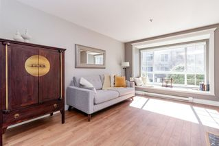 "Photo 12: 206 1242 TOWN CENTRE Boulevard in Coquitlam: Canyon Springs Condo for sale in ""THE KENNEDY"" : MLS®# R2510790"