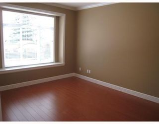 Photo 5: 8125 10TH Avenue in Burnaby: East Burnaby 1/2 Duplex for sale (Burnaby East)  : MLS®# V798652