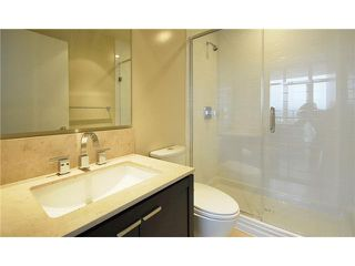 """Photo 8: 1904 158 W 13TH Street in North Vancouver: Central Lonsdale Condo for sale in """"VISTA PLACE"""" : MLS®# V823082"""