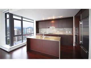 """Photo 6: 1904 158 W 13TH Street in North Vancouver: Central Lonsdale Condo for sale in """"VISTA PLACE"""" : MLS®# V823082"""
