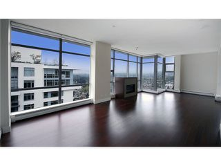 """Photo 2: 1904 158 W 13TH Street in North Vancouver: Central Lonsdale Condo for sale in """"VISTA PLACE"""" : MLS®# V823082"""