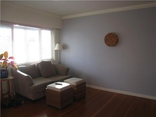 Photo 2: 2603 ADANAC Street in Vancouver: Renfrew VE House for sale (Vancouver East)  : MLS®# V866221
