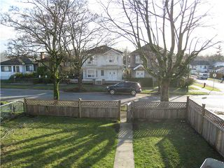 Photo 9: 2603 ADANAC Street in Vancouver: Renfrew VE House for sale (Vancouver East)  : MLS®# V866221