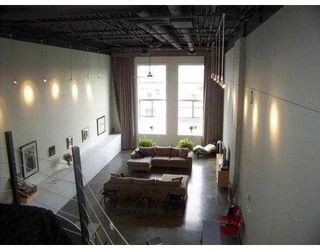 """Photo 2: 1220 E PENDER Street in Vancouver: Mount Pleasant VE Condo for sale in """"THE WORK SHOP"""" (Vancouver East)  : MLS®# V589417"""