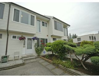 "Photo 1: 61 9386 128TH Street in Surrey: Queen Mary Park Surrey Townhouse for sale in ""Surrey Meadows"" : MLS®# F2819462"