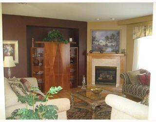 Photo 2: 31 LINDEN TERRACE Way in WINNIPEG: River Heights / Tuxedo / Linden Woods Residential for sale (South Winnipeg)  : MLS®# 2813800