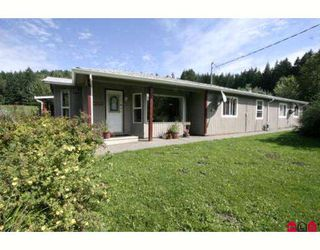 Photo 1: 49391 ELK VIEW Road in Sardis: Ryder Lake House for sale : MLS®# H2804404