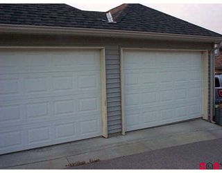 """Photo 10: 16510 60TH Avenue in Surrey: Cloverdale BC House 1/2 Duplex for sale in """"Concerto"""" (Cloverdale)  : MLS®# F2916952"""