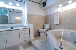 Photo 15: 209 Rose Hill Way in Winnipeg: Single Family Detached for sale (4L)  : MLS®# 1929134