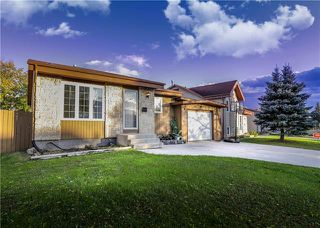 Photo 1: 209 Rose Hill Way in Winnipeg: Single Family Detached for sale (4L)  : MLS®# 1929134