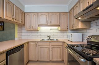 Photo 6: 296 W 16TH AVENUE in Vancouver: Cambie Townhouse for sale (Vancouver West)  : MLS®# R2341672
