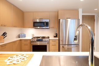 """Photo 11: 515 95 MOODY Street in Port Moody: Port Moody Centre Condo for sale in """"THE STATION"""" : MLS®# R2427593"""
