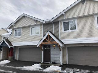 "Photo 1: 4 1821 WILLOW Crescent in Squamish: Garibaldi Estates Townhouse for sale in ""WILLOW VILLAGE"" : MLS®# R2430142"
