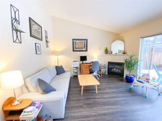 "Photo 3: 4 1821 WILLOW Crescent in Squamish: Garibaldi Estates Townhouse for sale in ""WILLOW VILLAGE"" : MLS®# R2430142"