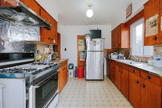 Photo 5: 2451 McGill Street in Vancouver: Hastings Sunrise House for sale (Vancouver East)  : MLS®# R2438285