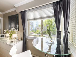 "Photo 4: 213 1940 BARCLAY Street in Vancouver: West End VW Condo for sale in ""Bourbon Court"" (Vancouver West)  : MLS®# R2473241"