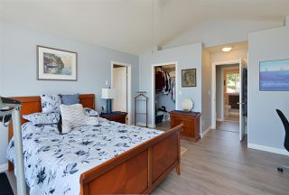 Photo 18: 4830 BLUEGROUSE Drive in Sechelt: Sechelt District House for sale (Sunshine Coast)  : MLS®# R2480715