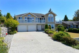 Photo 2: 4830 BLUEGROUSE Drive in Sechelt: Sechelt District House for sale (Sunshine Coast)  : MLS®# R2480715