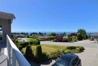 Photo 4: 4830 BLUEGROUSE Drive in Sechelt: Sechelt District House for sale (Sunshine Coast)  : MLS®# R2480715