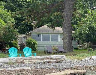 Main Photo: 522 TSAWWASSEN BEACH Road in Delta: English Bluff House for sale (Tsawwassen)  : MLS®# R2486137