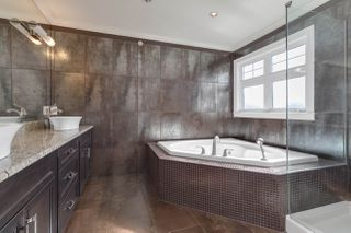 Photo 10: 3203 E 24TH Avenue in Vancouver: Renfrew Heights House for sale (Vancouver East)  : MLS®# R2508172