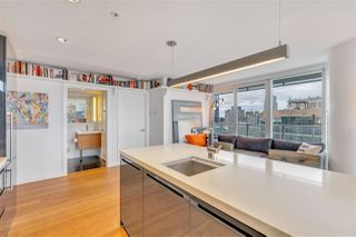 """Photo 14: 2306 777 RICHARDS Street in Vancouver: Downtown VW Condo for sale in """"TELUS GARDEN"""" (Vancouver West)  : MLS®# R2512538"""