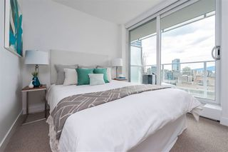 """Photo 18: 2306 777 RICHARDS Street in Vancouver: Downtown VW Condo for sale in """"TELUS GARDEN"""" (Vancouver West)  : MLS®# R2512538"""