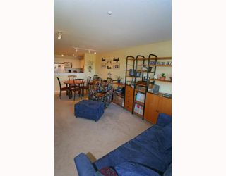 Photo 10: 429 1252 TOWN CENTRE Boulevard in Coquitlam: Canyon Springs Condo for sale : MLS®# V785879