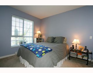 Photo 8: 429 1252 TOWN CENTRE Boulevard in Coquitlam: Canyon Springs Condo for sale : MLS®# V785879