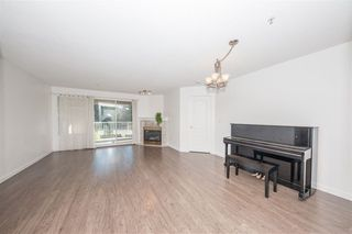 """Photo 6: 111 20894 57 Avenue in Langley: Langley City Condo for sale in """"Bayberry"""" : MLS®# R2516419"""