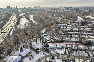 Photo 5: 29 Groveland Crescent in Toronto: Parkwoods-Donalda House (Bungalow) for sale (Toronto C13)  : MLS®# C4998949