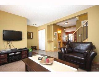 Photo 3: 237 EVERRIDGE Way SW in CALGARY: Evergreen Residential Detached Single Family for sale (Calgary)  : MLS®# C3410595