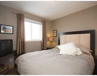 Photo 9: 237 EVERRIDGE Way SW in CALGARY: Evergreen Residential Detached Single Family for sale (Calgary)  : MLS®# C3410595
