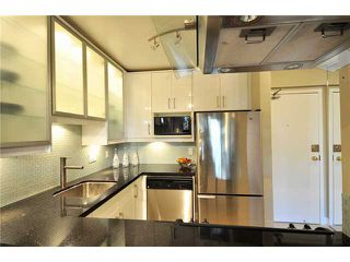 """Photo 2: 102 1350 COMOX Street in Vancouver: West End VW Condo for sale in """"BROUGHTON TERRACE"""" (Vancouver West)  : MLS®# V821764"""