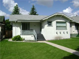 Photo 1:  in WINNIPEG: East Kildonan Residential for sale (North East Winnipeg)  : MLS®# 1011227